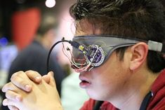 A Sleep Mask Lets You Master Your Dreams - http://www.psfk.com/2015/10/control-your-dreams-sleep-mask-napz-creative-economy.html