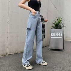 Teen Fashion Outfits, Jean Outfits, Fashion Tips, Fashion Trends, Stylish Eve Outfits, Cute Outfits, High Jeans, High Waist Jeans, Types Of Jeans