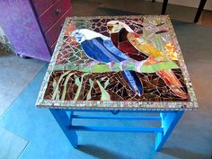 love this tabletop mosaic
