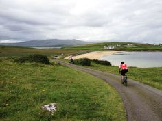 These group cycling tours of Ireland allow you to enjoy your daily rides without the worries; your equipment is provided, your luggage is transferred, and your routes are set, all you have to do is enjoy the journey.
