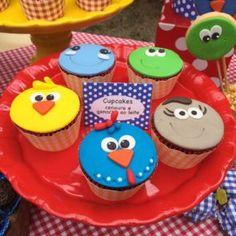 009 Picnic Birthday, Cupcakes, Cake Pops, Buffet, Goodies, Valentino, Bernardo, Lucca, Food