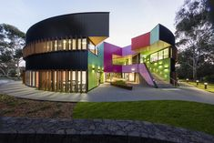 Circular school hides a kaleidoscope of color and geometry Ivanhoe Grammar Senior Years & Science Center by McBride Charles Ryan – Inhabitat - Green Design, Innovation, Architecture, Green Building Cultural Architecture, Architecture Bauhaus, Kindergarten Architecture, Architecture Design, Kindergarten Design, Australian Architecture, Architecture Awards, School Architecture, Contemporary Architecture