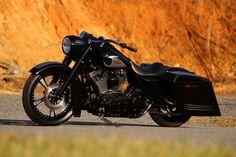"2002 Harley Road King - ""Night King""   Southeast Custom Cycles   Concord, NC"