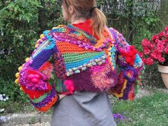 colourfull, they have it as a pull over, don't like that part, its the free form that caught my eye.