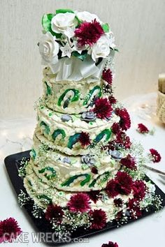 """Know your cake decorator: If they have produced an ugly disaster such as this, do NOT, under ANY circumstances, trust that this will be their LAST """"CAKE WRECK!"""" Use common sense! Bad Cakes, Crazy Cakes, Tacky Wedding, Wedding Bride, Cakes Gone Wrong, Cake Disasters, Ugly Cakes, 14th Birthday Cakes, Wedding Fail"""