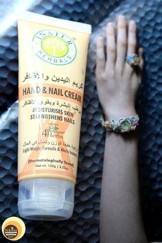 Inatur Herbals Hand and Nail Cream #nbamphotography #naturabeautyandmakeupblog #photooftheday #handcream #dryskin #hands #nailcare #productphotography #herbalskincare #herbal #natural #crueltyfreebeauty