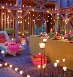 La noche de San Juan es una fiesta mágica en la que el fuego es protagonista para dar la bienvenida al verano. Las tradicionales hogueras invaden playas, calles y plazas pero también puedes trasladar el ambiente a casa decorándola con farolillos luminosos. ¡Hazlos tú mismo! La fiesta de San Juan está ligada con las celebraciones …