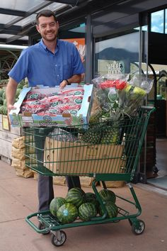 This shopping cart full of Fair Trade Certified fruits & flowers helps improve the lives of farmers in Ecuador, Costa Rica, and Mexico. Whats in your cart?