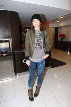 Get the Look: Zendaya Coleman's LAX Airport Beyonce Cake by the Pound Sweatshirt and Nike Dunk Sky Hi Sneakerboot (via Bloglovin.com )