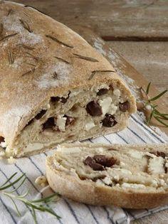 Ελαιοτυρόψωμο με μπίρα - www.olivemagazine.gr Bread Art, Snacks, Cooking, Recipes, Food, Rezepte, Cucina, Appetizers, Kochen