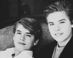 The Suite Life on Deck Sprouse Bros, Cole M Sprouse, Dylan Sprouse, Sweet Life On Deck, Zack Et Cody, Cody Martin, Old Disney Channel, The Artist Movie, Love Twins