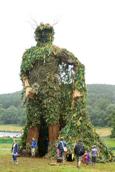 The Green Man :: The Green Man Festival 2012 Image by IansMadHouse Mother Earth, Mother Nature, Celtic Runes, Morris Dancing, Pagan Festivals, Sell Tickets, Tree People, Tree Carving, Danse Macabre