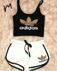 20 very cute costumes Bilder Land Adidas Outfit Bilder Costumes Cute land Cute Lazy Outfits, Teenage Outfits, Cute Casual Outfits, Teen Fashion Outfits, Sporty Outfits, Summer Outfits Women, Outfits For Teens, Beach Outfits, Winter Outfits