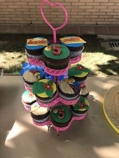Cup cakes Vaiana party ideas