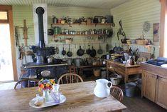 1880s kitchen.