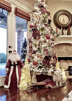 10ft flocked tree @kingofchristmas ... check out more Christmas inspiration at @gatheredgrace