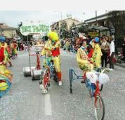 2014 - CARNEVALE Albaro (Verona), about 25 miles southwest of Vicenza,  Feb. 16, 2:30 p.m., float parade.