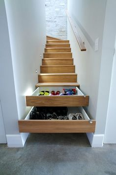 DESIGN DETAIL – Storage In The Stairs