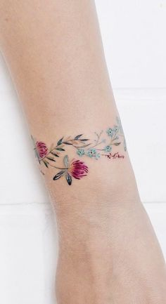 Delicate Tattoos For Women, Dainty Tattoos, Wrist Tattoos For Women, Mini Tattoos, Cute Tattoos, Beautiful Tattoos, Small Tattoos, Wrist Band Tattoo, Tattoo Bracelet