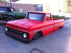 Slammed Truck #ute #oldschool