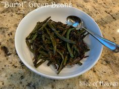 "Slice of Heaven~~""Burnt"" Green Beans~~Yes! I said burnt! You have to try this totally different take on such a yummy side dish! Olive Gardens, Copycat Recipes, Green Beans, Side Dishes, Bakery, Heaven, Vegetables, Food, Sky"