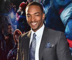 Ator de 'Os Vingadores: A Era de Ultron' diz que raça é irrelevante na escolha do diretor de 'Pantera Negra' >> http://glo.bo/1jLd1vS