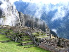 Machu Pichu Machu Picchu is a pre-Columbian Inca site located above ft above sea level. It is situated on a mountain ridge above the U. Places Around The World, Oh The Places You'll Go, Places To Travel, Places To Visit, Bolivia, Ecuador, Machu Picchu Travel, Architecture Antique, Inca Empire