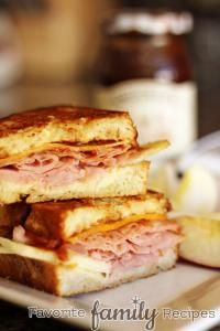 Apple, Ham, & Cheddar Melts are so delicious and the perfect blend for a cheddar melt!