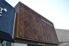 Accoya® wood used to re-create iconic Louis Vuitton Design - Accoya Easy Healthy Breakfast, Breakfast For Kids, Mall Facade, Wood Facade, Building Signs, Louis Vuitton Store, Cinnamon Sugar Donuts, Good Day Song, Chile