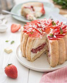 Charlotte aux fraises et mousse au chocolat blanc | Jujube en cuisine