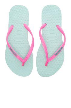 Havaianas Slim Logo Pop-Up Sandal in Mentha Green