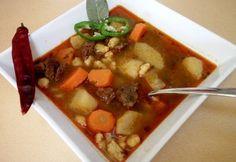 Authentic Hungarian Goulash Soup...  Tradicionális gulyásleves recept képpel. Hozzávalók és az elkészítés részletes leírása. A tradicionális gulyásleves elkészítési ideje: 195 perc Hungarian Recipes, Hungarian Food, Just Eat It, Goulash, Thai Red Curry, Stew, Food To Make, Lamb, Paleo