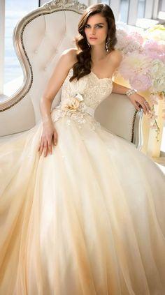 Asombrosos vestidos de novias modernos   Vestidos y Tendencias