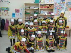 disfraces colegios - Buscar con Google. http://www.multipapel.com/subfamilia-bolsas-basura-colores-para-disfraces.htm