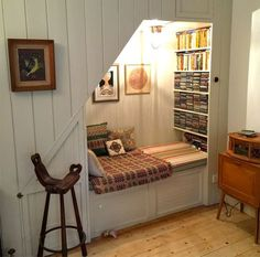 Under Stairs Nook . - Under Stairs Nook More Best Picture For Glasses iDeas vinyl For Your Taste You are looking for something, and it is going to tell you exactly what you are looking for, and you didn't find that picture. Here you will find the most b Under Stairs Nook, Living Room Under Stairs, Under Staircase Ideas, Open Stairs, Book Nooks, Reading Nooks, Kids Reading, Style At Home, Basement Remodeling