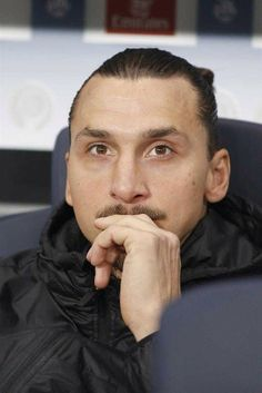 Zlatan waiting to return after injury. Against Marseille, November 2014.
