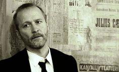 Jacques Brelin lauluja tässä ajassa   Suomen Kansallisteatterin Lavaklubi, 22.5.2014                       Näyttelijä Timo Tuominen teki ...