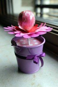Flowery Cake Pops