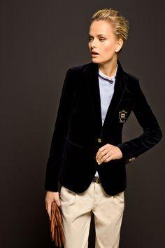Massimo Dutti Equestrian Collection - Velvet Blazer... WAAAAANT!!