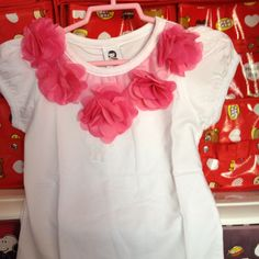White Top with Flowers 3-4 yrs S$15.90