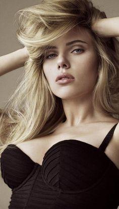 @PinFantasy - Scarlett Johansson ♥ - ✯ http://www.pinterest.com/PinFantasy/gente-~-scarlett-johansson/