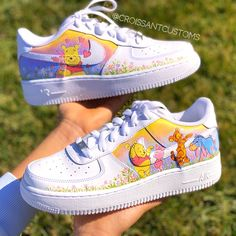 Winnie the Pooh Air Force One - Deringa All Nike Shoes, Nike Shoes Air Force, White Nike Shoes, Hype Shoes, Vans Shoes, Air Force Sneakers, Running Shoes, Jordan Shoes Girls, Girls Shoes