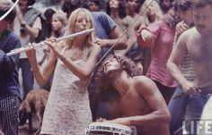15 imagens que resumem como foi o Festival de Woodstock