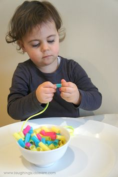 DIY threaded straw necklace – Laughing Kids Learn DIY threaded straw necklace – Laughing Kids Learn,cocuk etkinlik threading necklace with straw beads. Great for fine motor. Activities For 2 Year Olds, Motor Skills Activities, Toddler Learning Activities, Montessori Activities, Infant Activities, Fine Motor Skills, Kids Learning, Party Activities, Toddlers And Preschoolers
