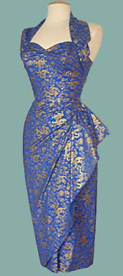 The wide strap and gathered skirt on this is divine (Va-Voom Vintage: Tiki Dress Inspiration) Moda Vintage, Vintage Mode, Vintage Wear, Vintage Looks, Vintage Tiki, Vintage Style, Vintage Outfits, Vintage Inspired Dresses, Vintage Dresses