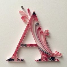 13 Paper Quilling Design Ideas That Will Stun Your Friends Quilling Work, Quilling Letters, Paper Quilling Patterns, Quilled Paper Art, Origami Paper Art, Quilling Paper Craft, Paper Crafts, Alphabet Wallpaper, Diy Arts And Crafts