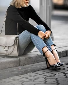 10 Ways To Style A Chloe Faye Bag