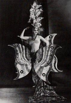Costume from the Folies Bergère, Paris 9e, 1909