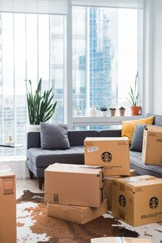 Check it out! Call us: (203) 930 3775 #Cardboardboxes #Foodboxes #dountboxes #Allcustomboxes #Foodpackaging #Donutpackaging #Bakeryboxes Lightroom, Moving To Ireland, Move Out Cleaning, House Shifting, Moving Services, Moving Companies, Packing Services, Moving In Together, Smart Home Automation