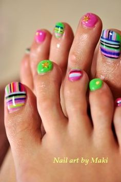 11 Toenails Summer Ideas, Striped nails  id do my big toe the striped way then paint the rest one color :)
